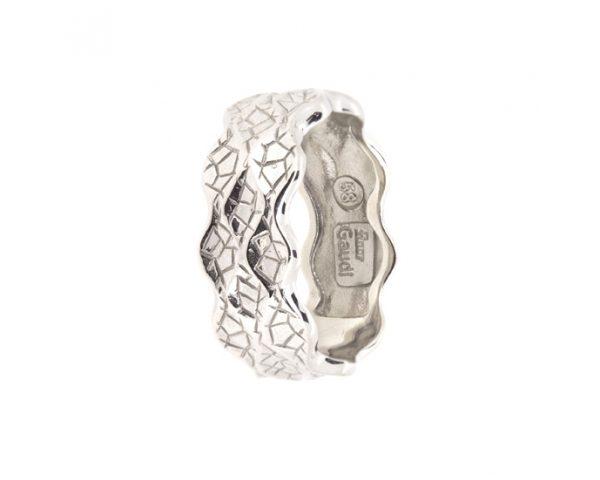 Sortija de plata Inspiración en la obra La Pedrera de Gaudí
